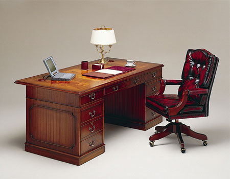 Antique looking desks antique furniture for Vintage home office furniture